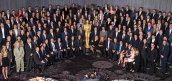 Daniel Day-Lewis to Present on Oscar Sunday