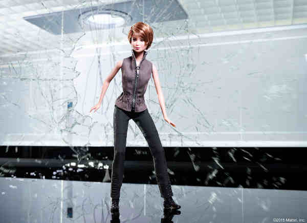 Barbie Gets Ready for The Divergent Series: Insurgent