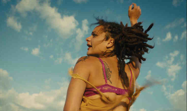 AMERICAN HONEY by Andrea Arnold (produced by Lucas Ochoa among others, UK)