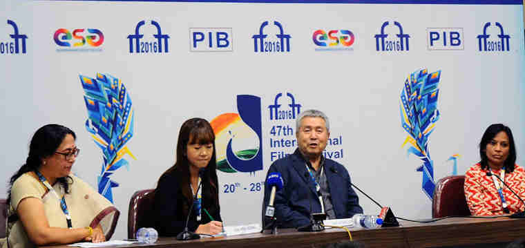 The Life Time Achievement Award winner, Mr. Im Kwon Taek, Filmmaker, Republic of Korea, addressing a press conference, at the 47th International Film Festival of India (IFFI-2016), in Panaji, Goa on November 20, 2016.