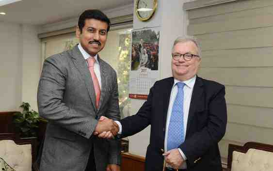 India's Minister of State for Information & Broadcasting Rajyavardhan Rathore and Portugal Minister of Culture, Luis Filipe Castro Mendes in New Delhi on January 10, 2017