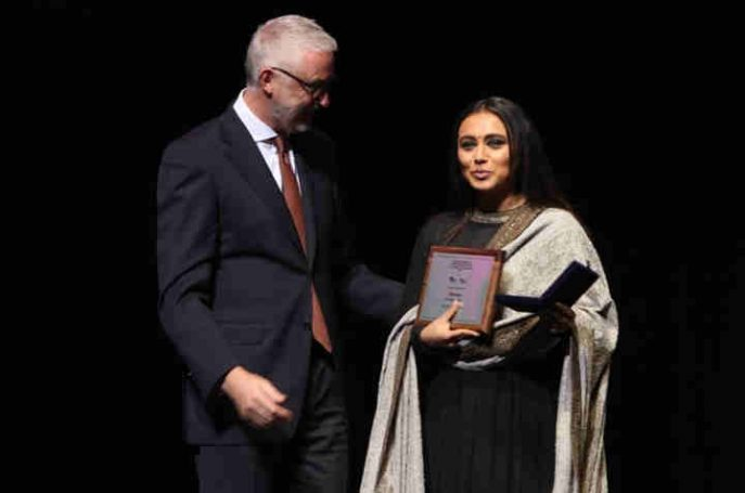 Rani Mukerji Wins the Best Actress Award for Hichki